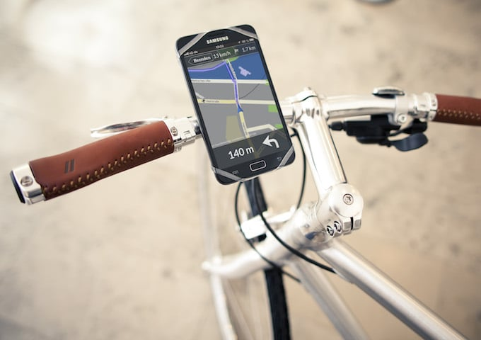 Finn Universal Smartphone Mount Greenaer