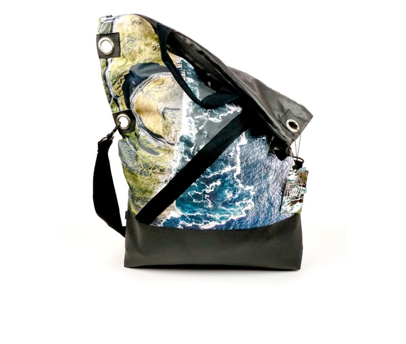 Wild by Water – Messenger Bag