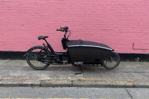 Pre-Owned Urban Arrow Family / Dual Battery / Performance CX / Black [SOLD]